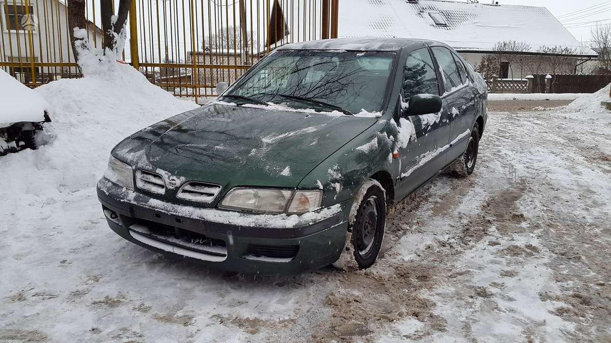 Nissan Primera dalimis. Pusašių nebėra.  turime ir daugiau į