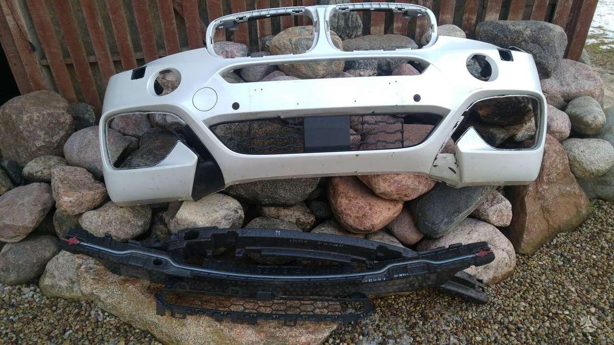 BMW X6. Priekiniai žibintai bmw adaptive led su 4 blokeliais, ž