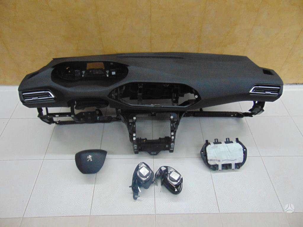 Peugeot 3008 dalimis.  vilnius - kaunas