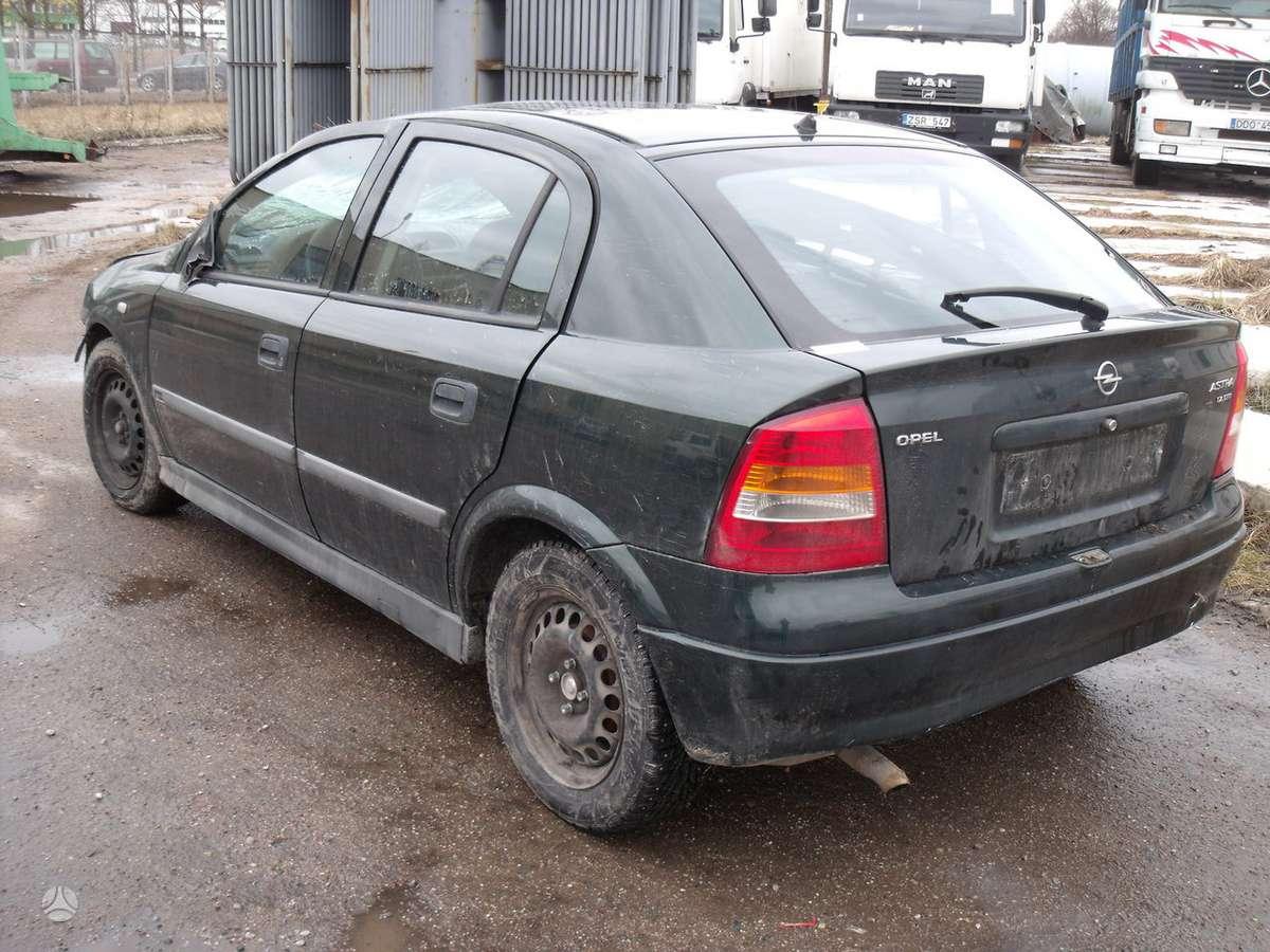 Opel Astra.    dalimis. isuzu1,7 variklis