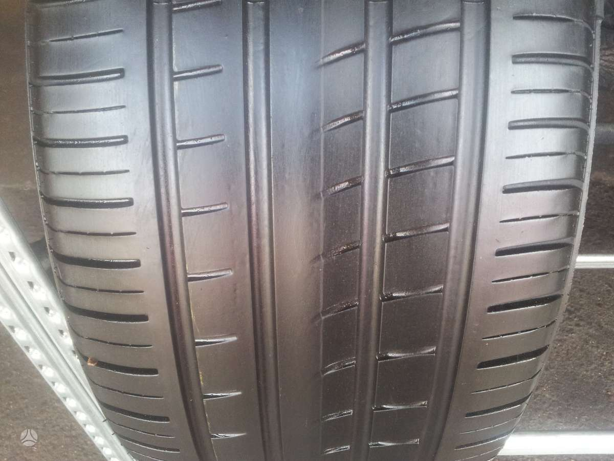 Pirelli PZERO ROSSO apie 5.5mm, vasarinės 275/45 R18