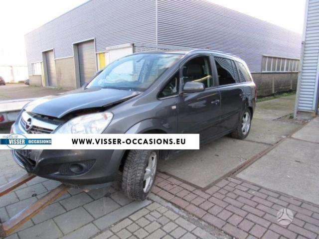 Opel Zafira. Europa.sveiki airbag! originali rida 12000km.
