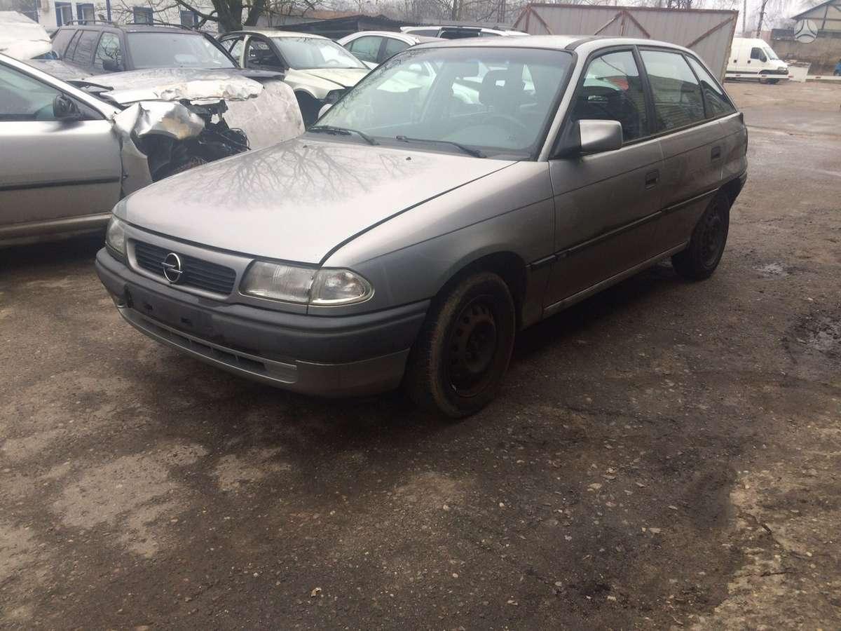Opel Astra. Naudotos automobiliu dalys automobiliai nuo 1995