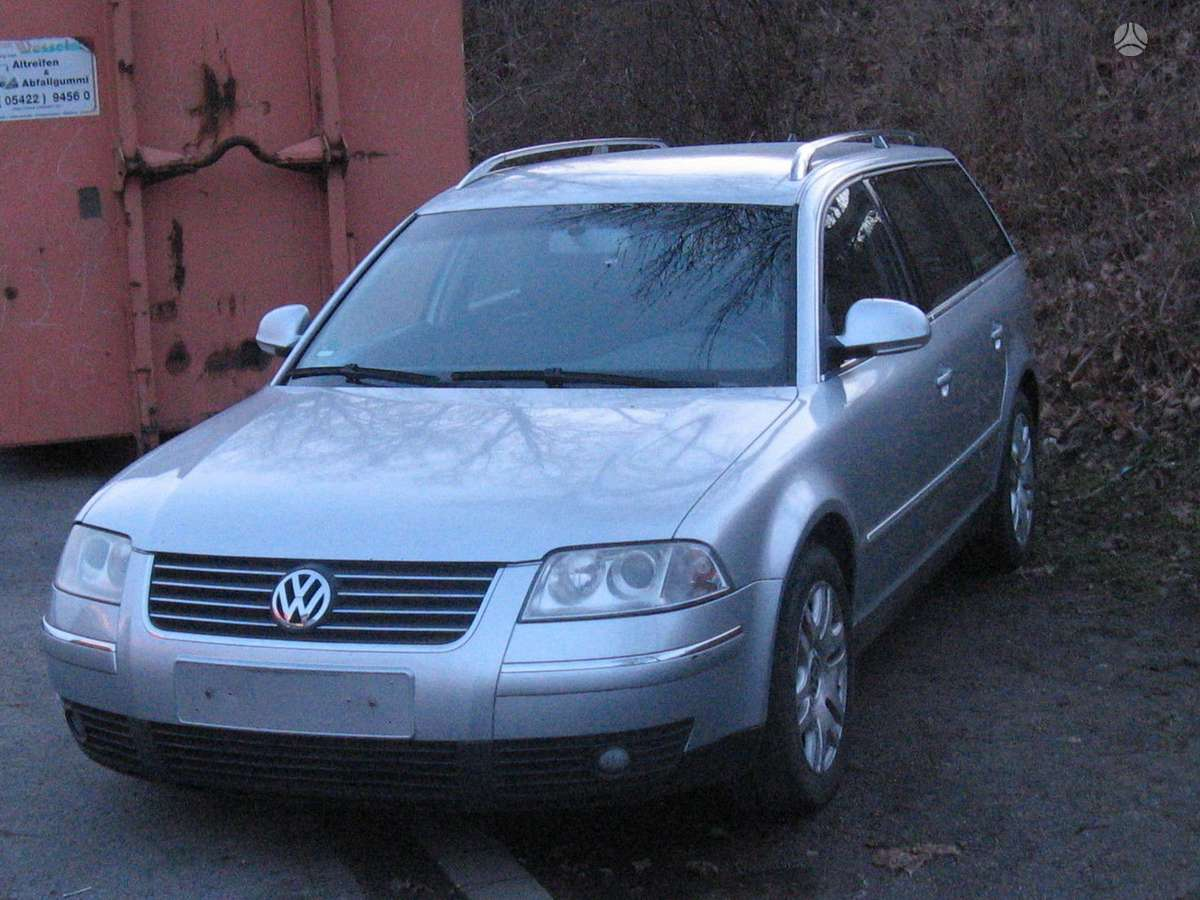 Volkswagen Passat dalimis. Yra ir 1.9tdi(96 kw su mechan.greiciu
