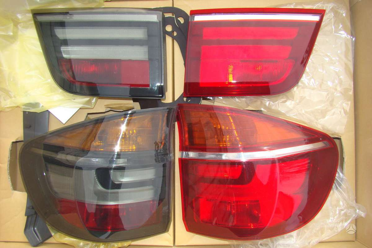 BMW X5. galiniai 07-10 lci optik zibintai -raudoni chrom,bei