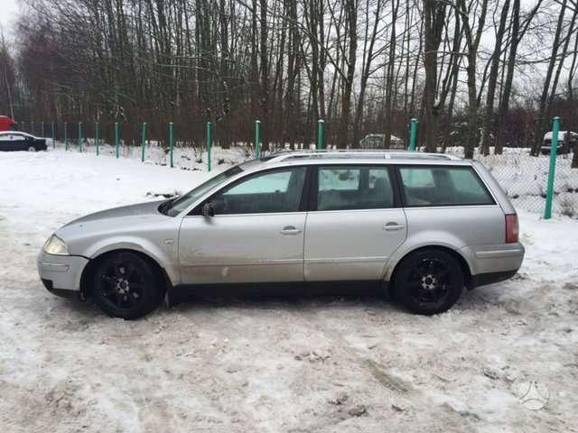 Volkswagen Passat dalimis. Galimas detalių siuntimas i kitus