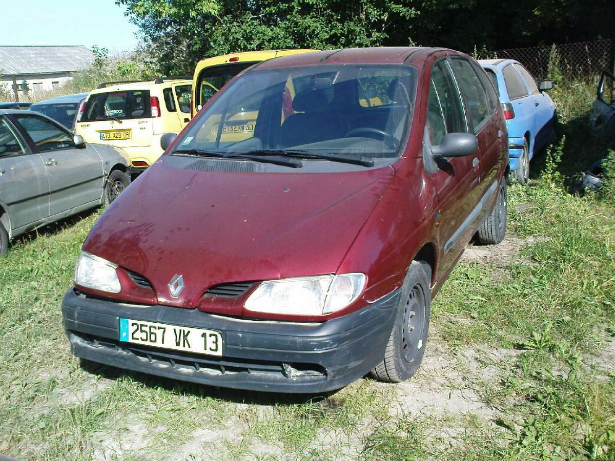 Renault Scenic dalimis. Iš prancūzijos. esant galimybei,