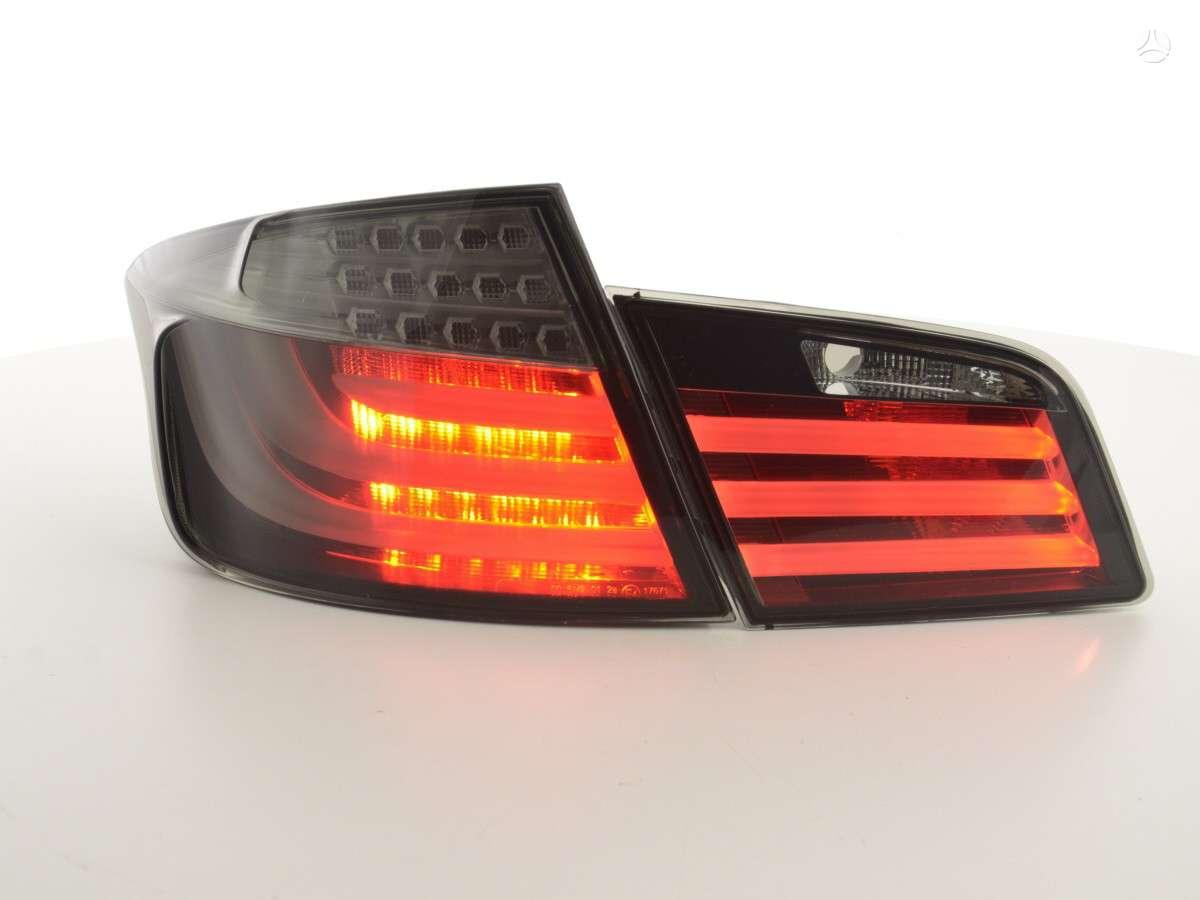 BMW 5 serija. Galiniai zibintai -smoke, raudoni,chrom. m tech