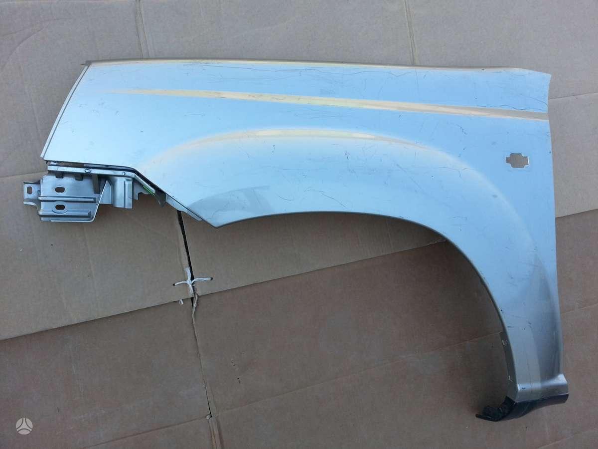 Nissan X-Trail dangtis (priekinis, galinis), sparnai, vandens radiatorius
