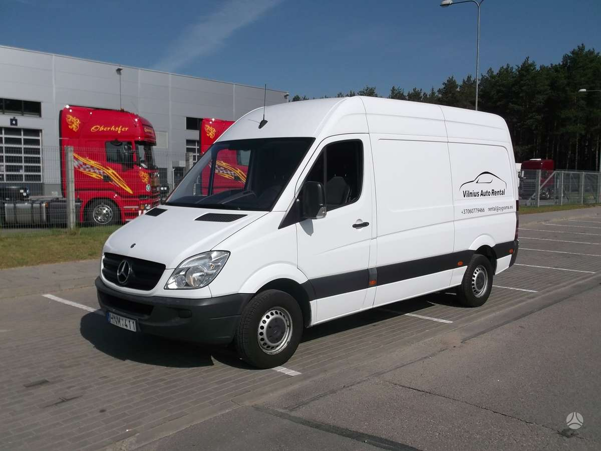 Mercedes-Benz Sprinter 210, krovininiai mikroautobusai