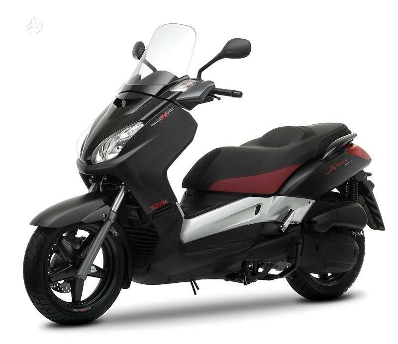 Yamaha X-max, motoroleriai / mopedai