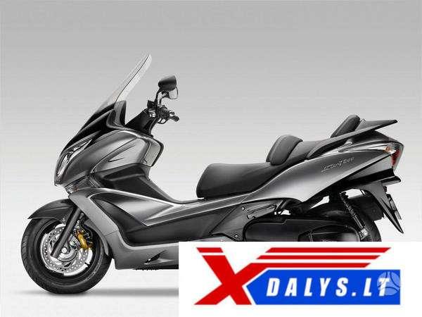 Honda Silverwing, touring / sport touring / kelioniniai