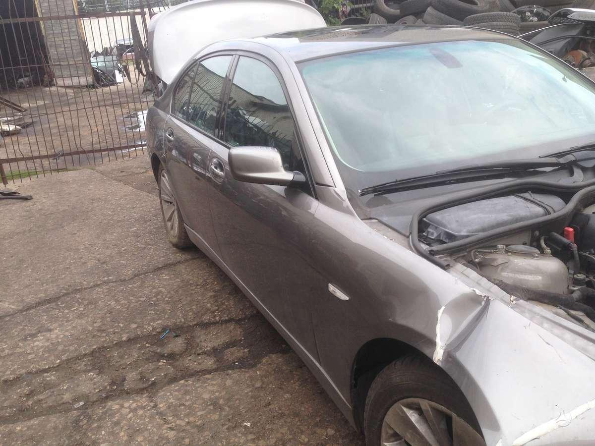 BMW 750. Bmw 750 2006m.4, 8 ltr variklis, juodas odinis salonas,