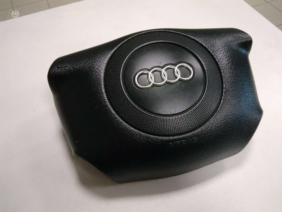 Audi A6 oro pagalvės