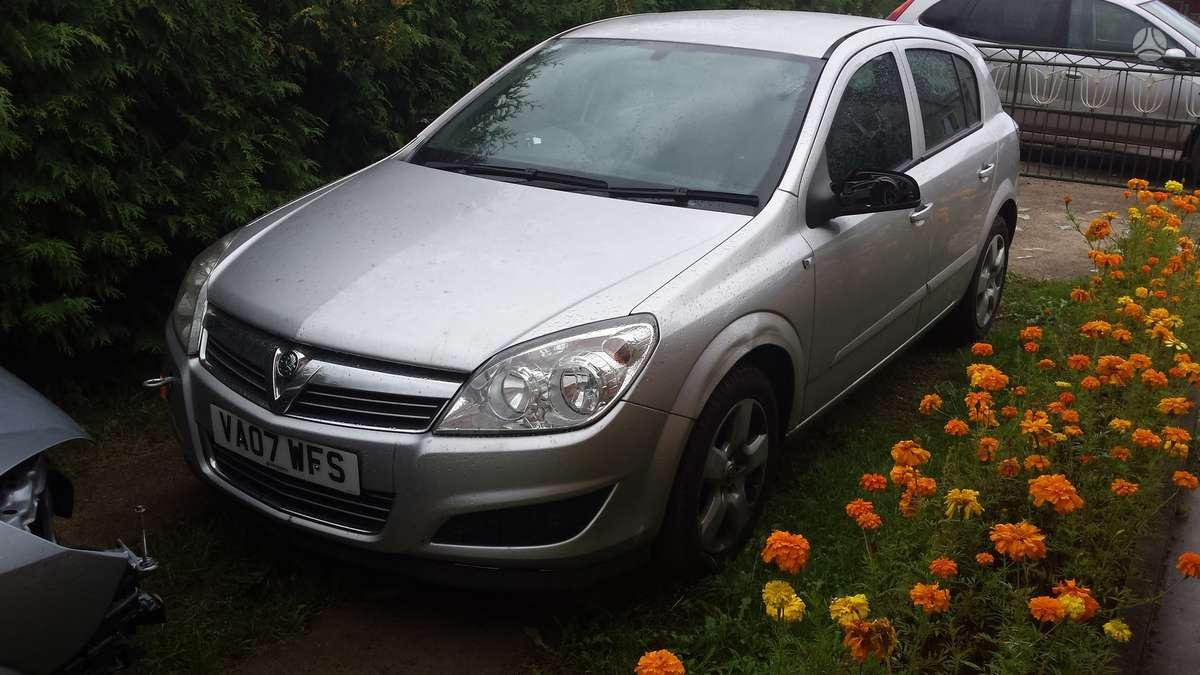 Opel Astra. Automobilis parduodamas dalimis. galime pasiūlyti į