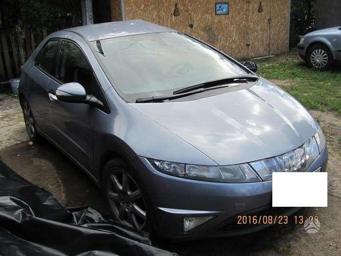 Honda Civic. Europinis modelis airbagai sveiki.