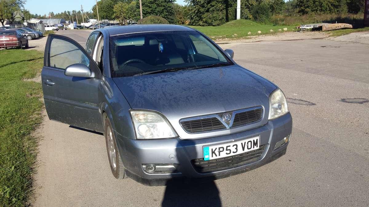 Opel Signum. Automobilis parduodamas dalimis. galime pasiūlyti į