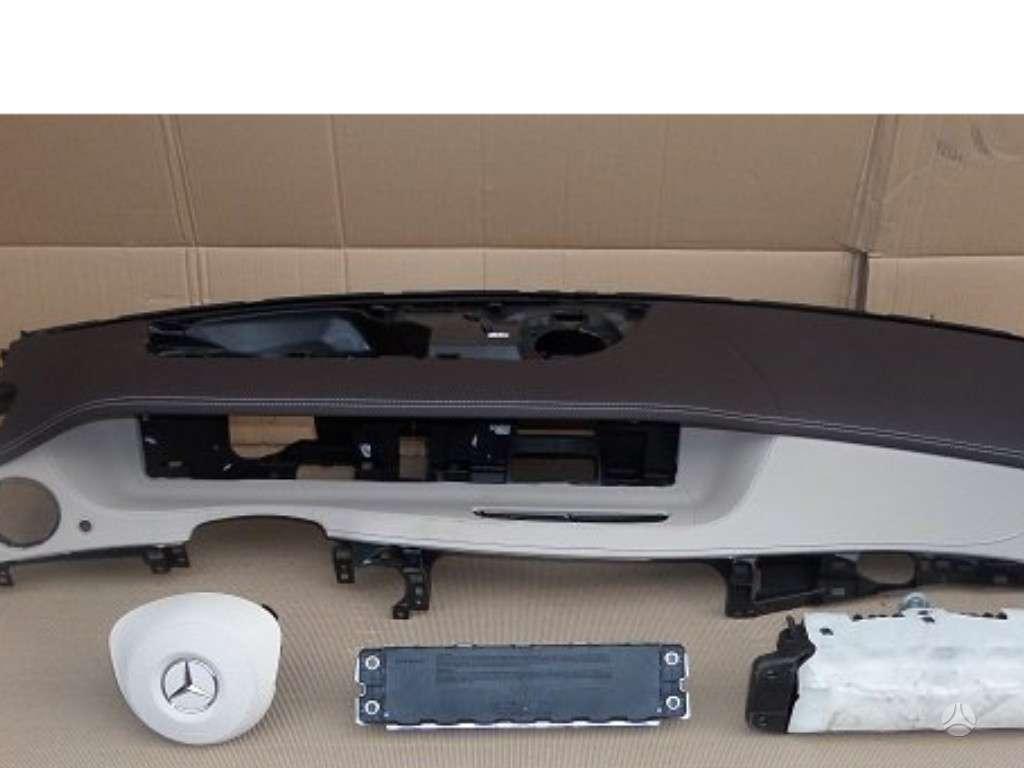 Mercedes-Benz S klasė oro pagalvės