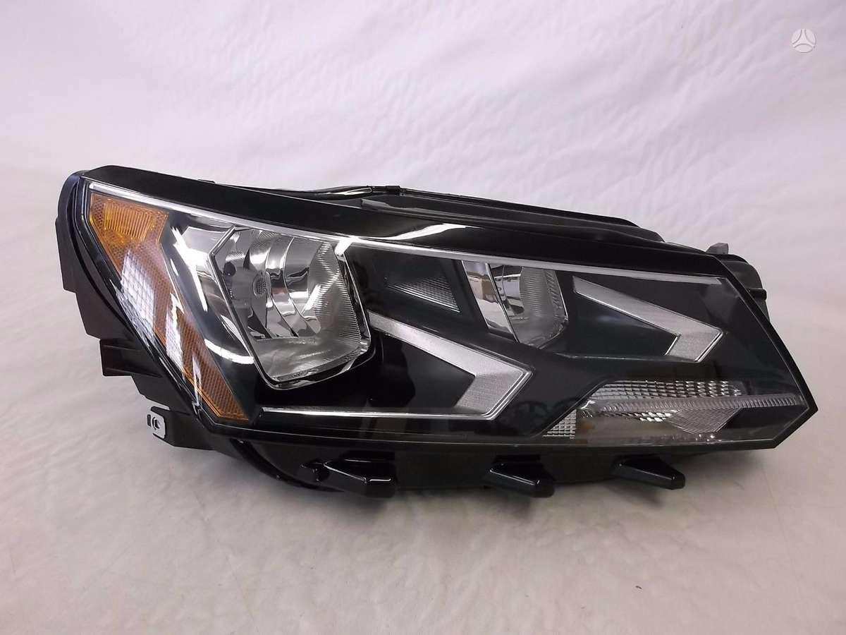 Volkswagen Passat. Volkswagen passat halogen right headlight