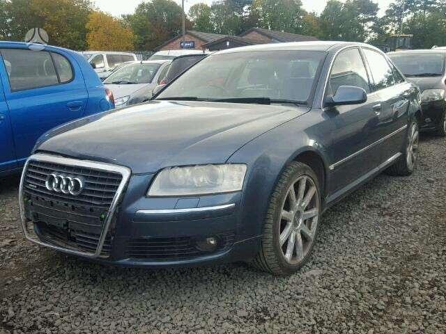 Audi A8 dalimis. Naujai ardomas puikios būklės automobilis.
