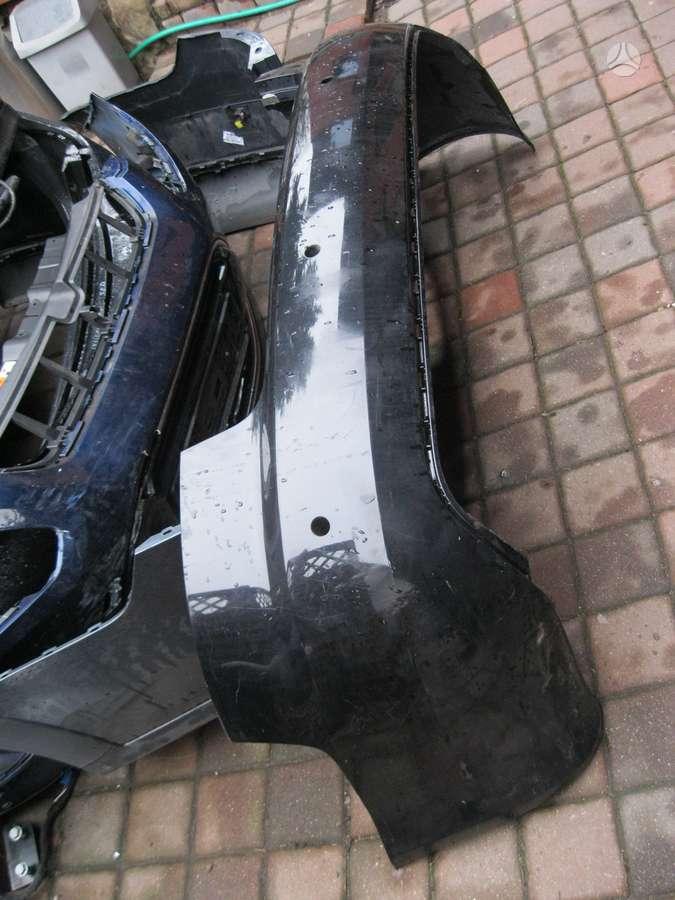 Audi A4. Galinis . buferis---- apsauga----- xsenon blokelis