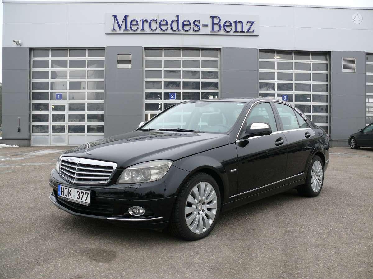 Mercedes-Benz C320, 3.0 l., sedanas