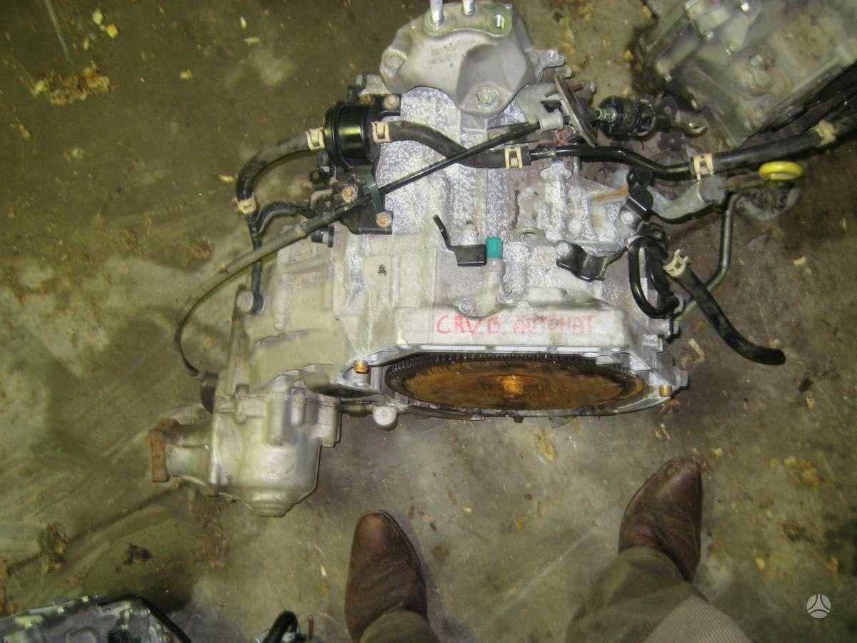 Honda CR-V. Tik     automatines greiciu dezes,  garantija 6 men.