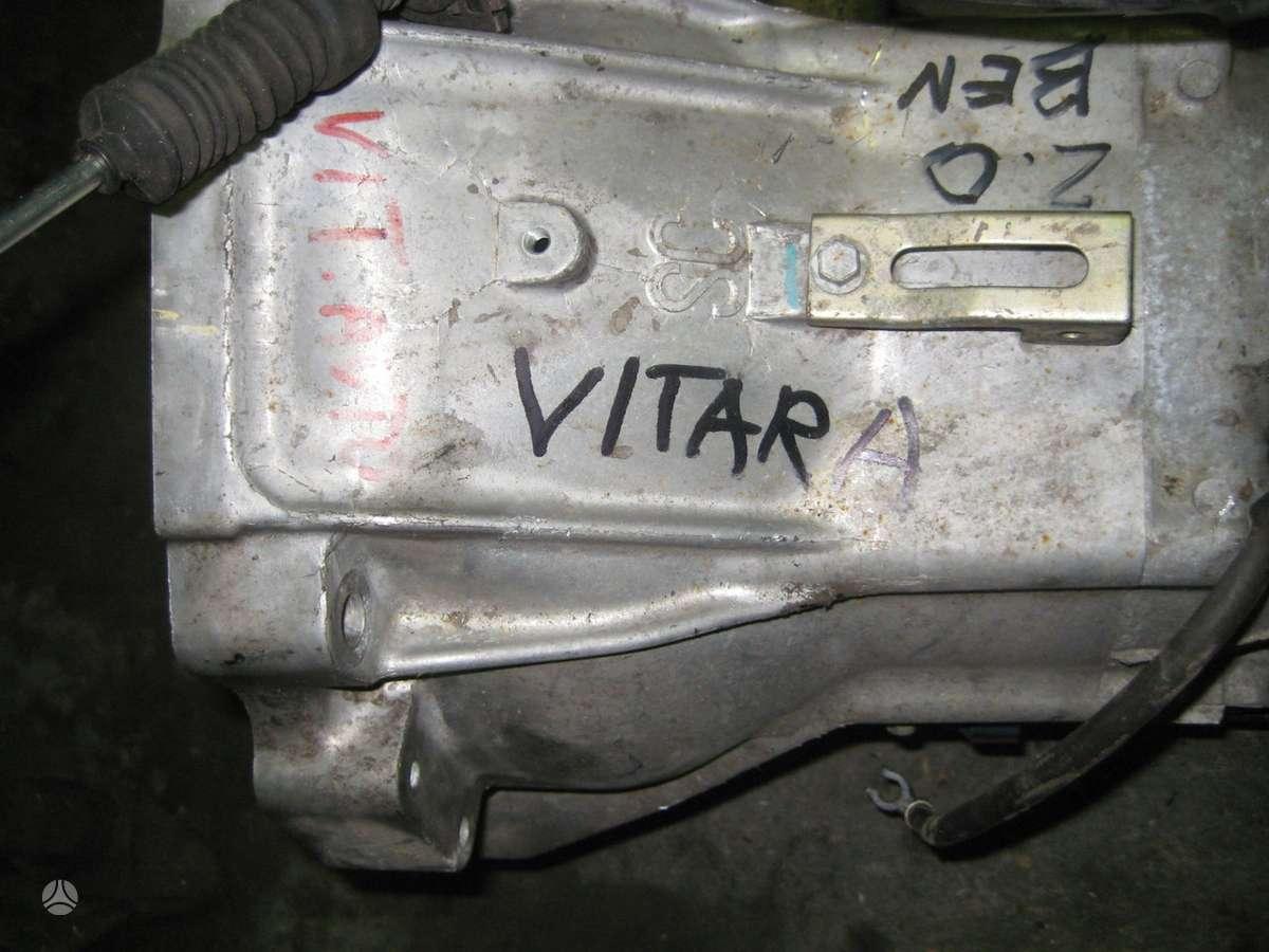 Suzuki Vitara. Yra variklis 2,0 ir 2.5 ir automatine pavaru deze