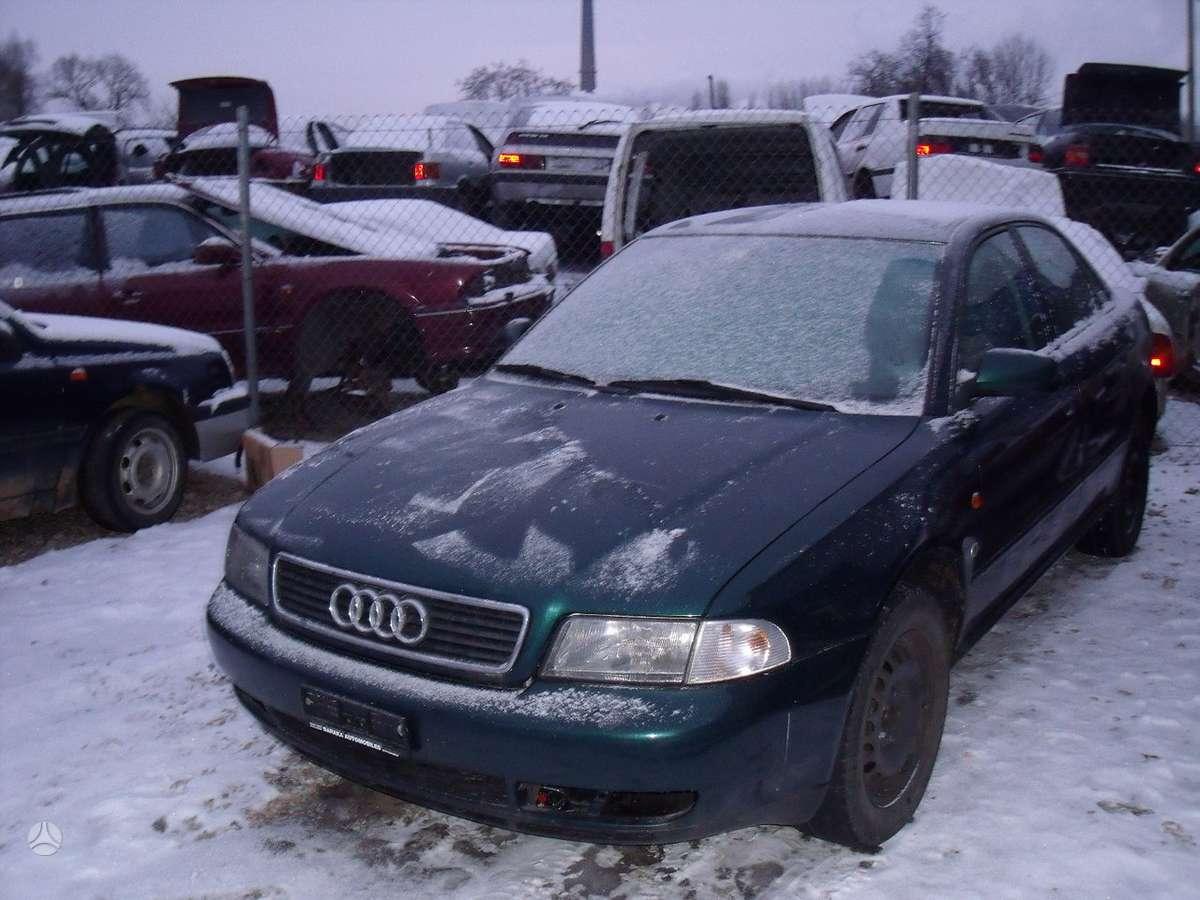 Audi A4 dalimis. .