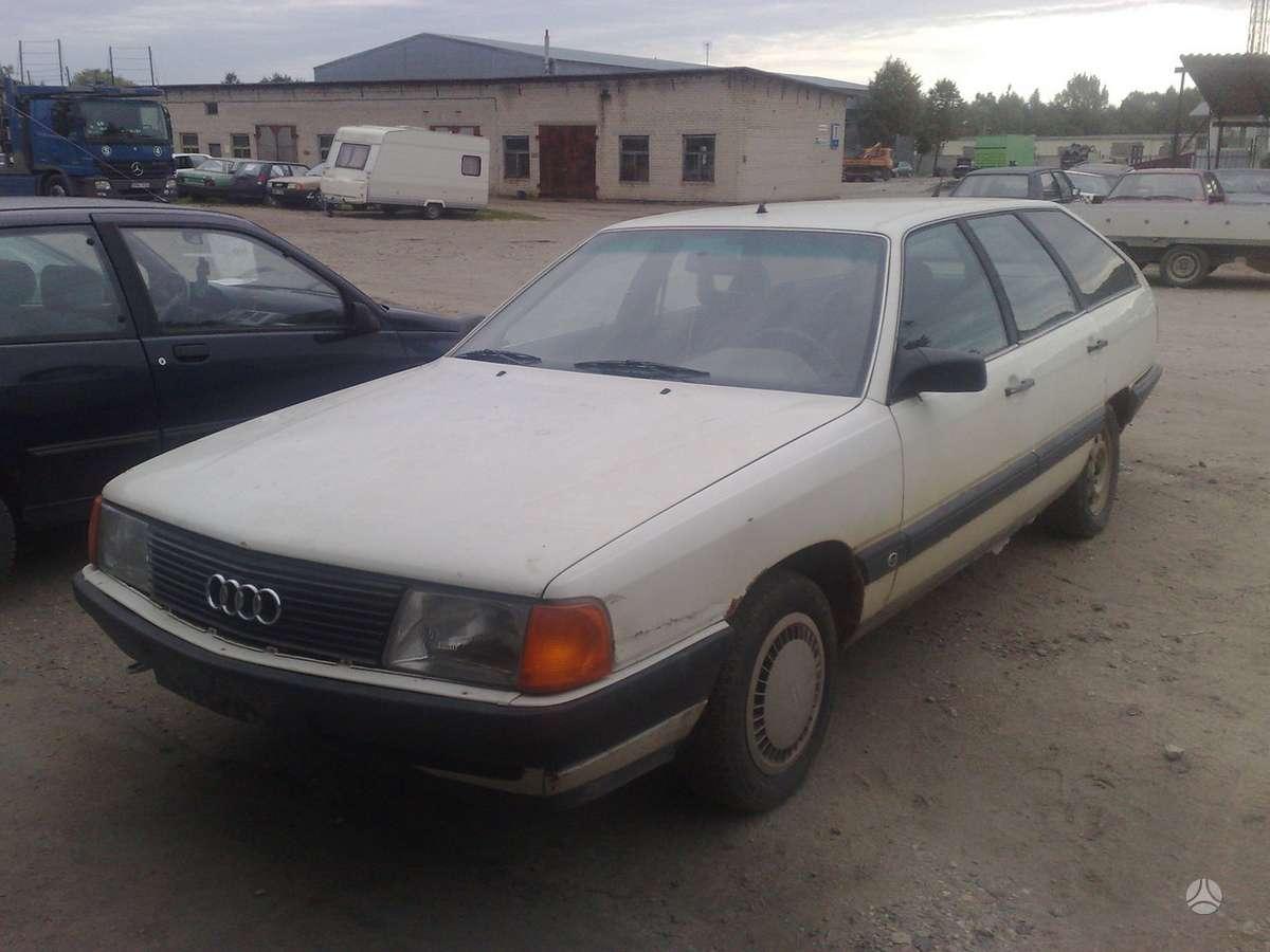 Audi 100 (C4) dalimis. Dalimis.yra ir sedanų ir universalų,