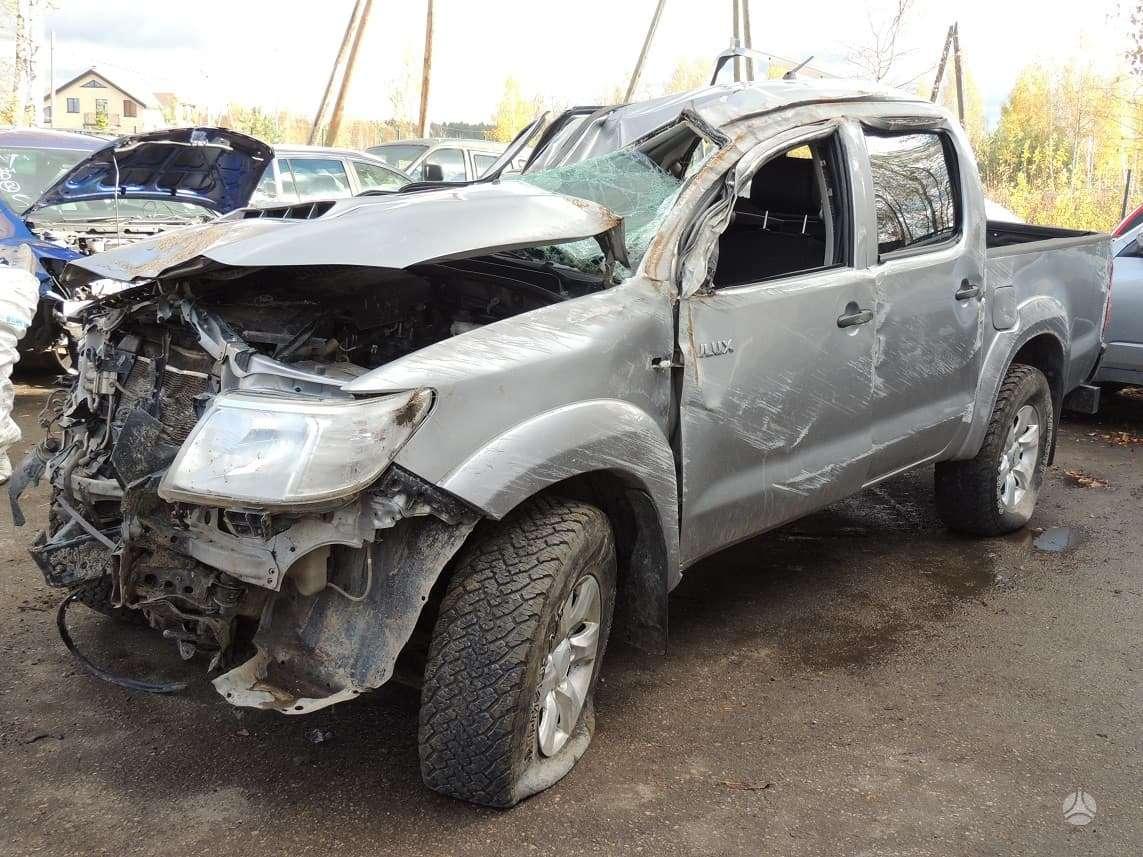 Toyota Hilux. Brandtoyota modelhilux model's serieskun25