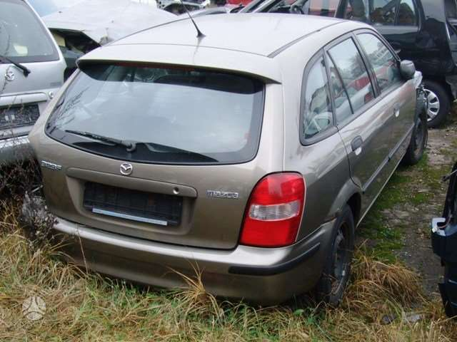 Mazda 323F. Dalimis dar turime 1.5l benzin.uab