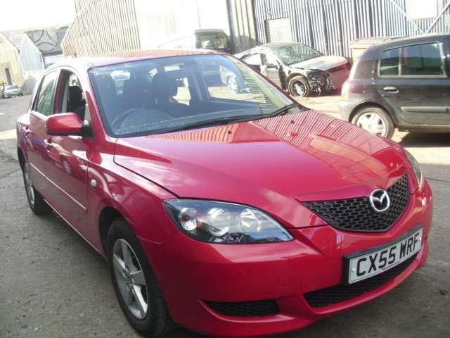 Mazda 3. Turime ir sedana.  darbo laikas: i-v 9:00-17:00