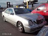 Mercedes-Benz E220. Mb 210 2001m,2,2 cdi  automatinė pavarų dėžė,