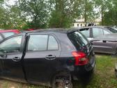 Toyota Yaris dalimis. Iš prancūzijos. esant galimybei,