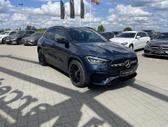 Mercedes-Benz GLA200, 1.3 l., Внедорожник