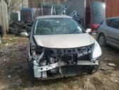 Renault Clio dalimis. Turime ivairiu prancuzisku automobiliu