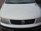Volkswagen Passat. .) vw passat, 2000 m., 1,6 benzinas, 74 kw....
