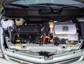 Toyota Prius. Variklis dalymis.  naudotu ir nauju japonisku