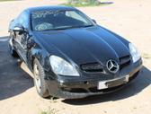 Mercedes-Benz SLK350 dalimis