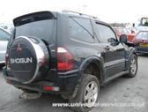 Mitsubishi Pajero. Taip pat yra ir 2/3 durų nuo 2001-2004m.