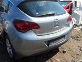Opel Astra dalimis. A17dtr
