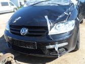 Volkswagen Golf dalimis. superkame ivairiu markiu automobilius...