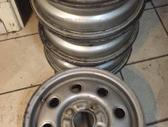 Ford, plieniniai štampuoti, R13