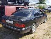 Mercedes-Benz E270 dalimis. Ardome ir daugiau įvairių markių b...