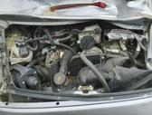 Porsche 911 dalimis. Viskas kas matosi nuotraukoje. variklis