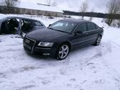 Audi A8 dalimis. Naujai ardoma