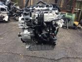 Volkswagen Golf. Tik variklis ir dalys aplink varikli varikli...