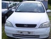 Opel Astra. Europa, kuriasi vazioja, visom detalem galim duot