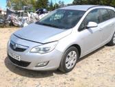 Opel Astra. Automobilis dar neisardytas! taikome detalem